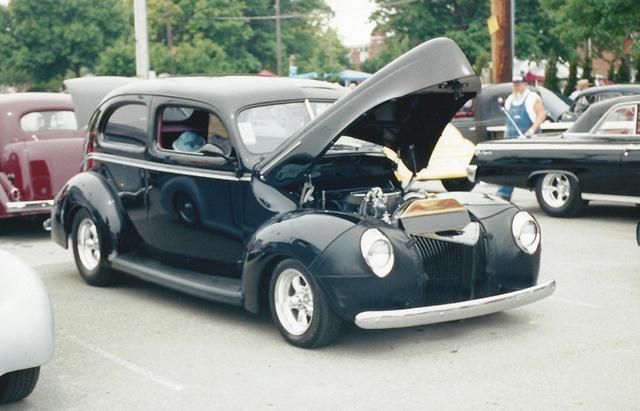 1940 Ford Sedan Featuring Progressive Automotive Chassis