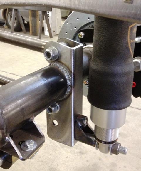 Progressive Automotive Parallel 4-bar kit, axle view