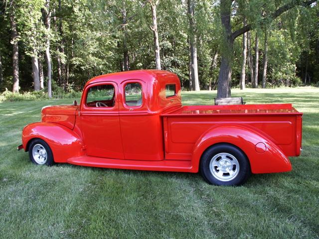 Tom's extended cab 1940 Ford truck with Progressive Automotive parts