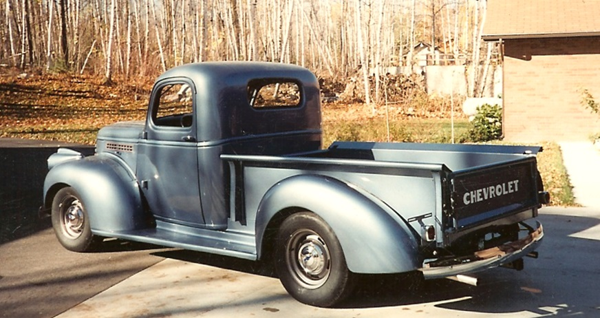 1941-46 Chevrolet truck featuring Progressive Automotive chassis